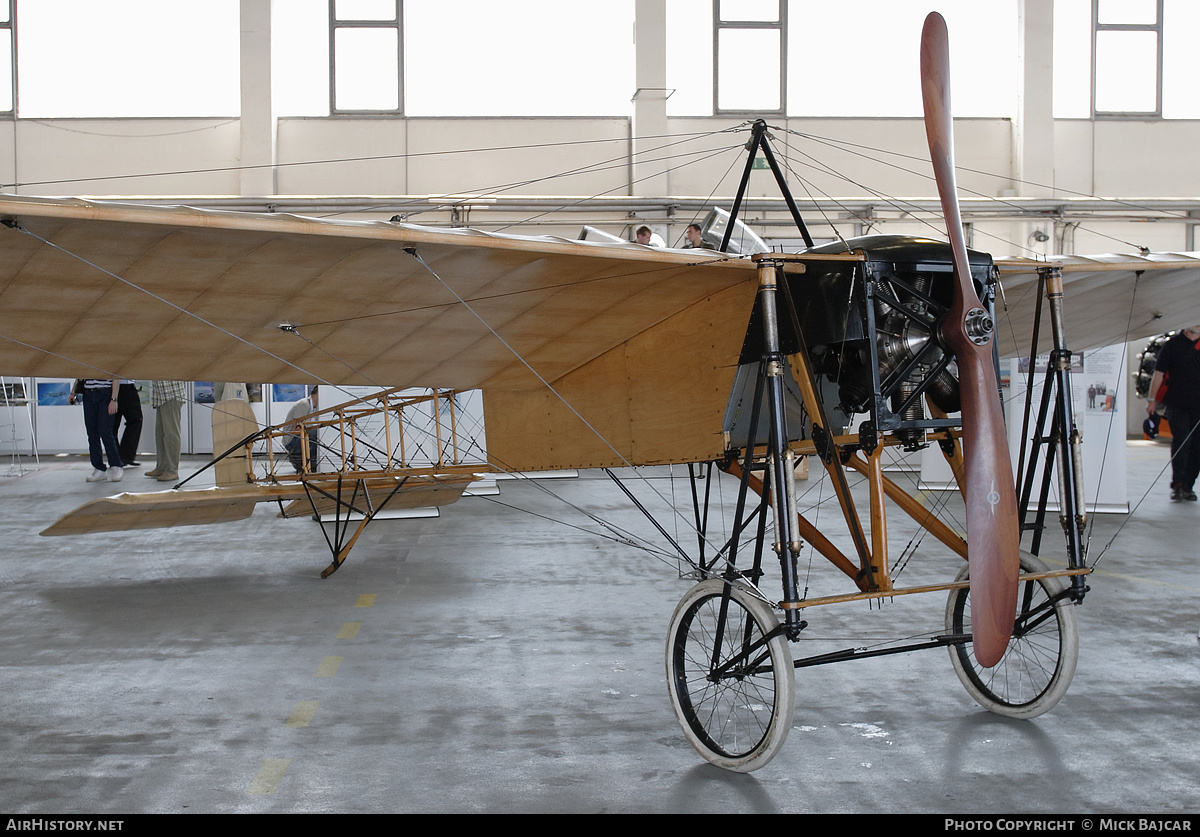 Aircraft Photo of Blériot XI (replica) | AirHistory.net