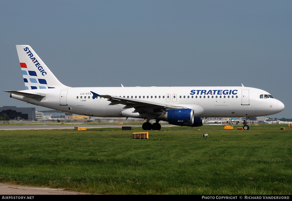 Aircraft Photo of LX-STA | Airbus A320-212 | Strategic Airlines | AirHistory.net #2160