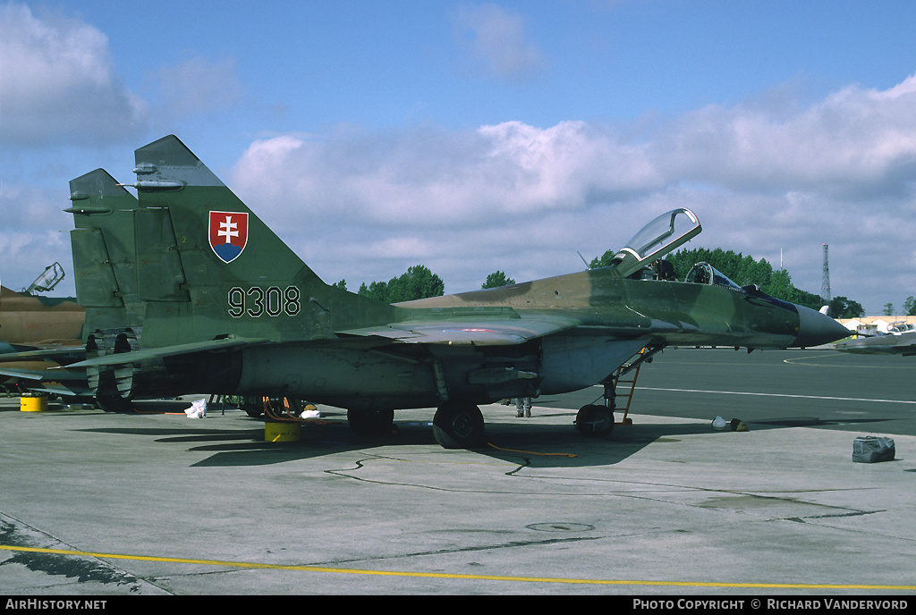 Aircraft Photo of 9308 | Mikoyan-Gurevich MiG-29A (9-12A) | Slovakia - Air Force | AirHistory.net