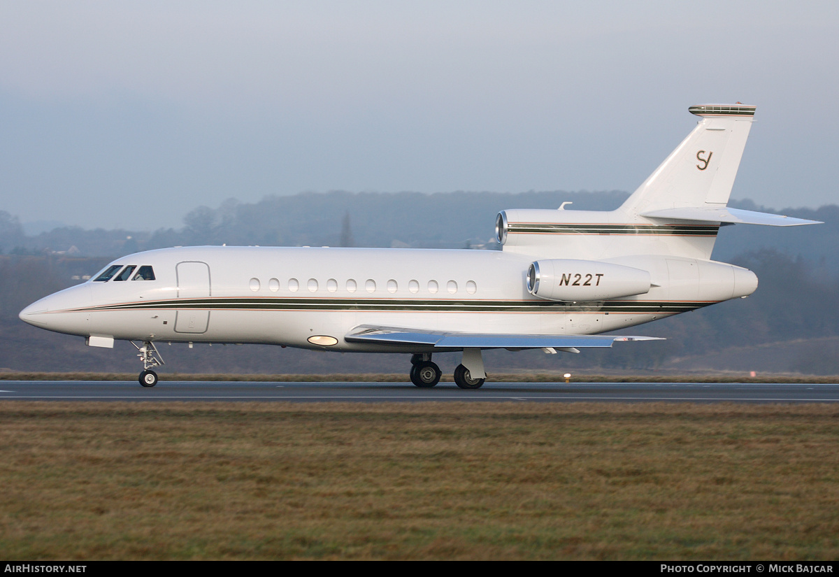 Aircraft Photo of N22T | Dassault Falcon 900B | AirHistory.net #3179
