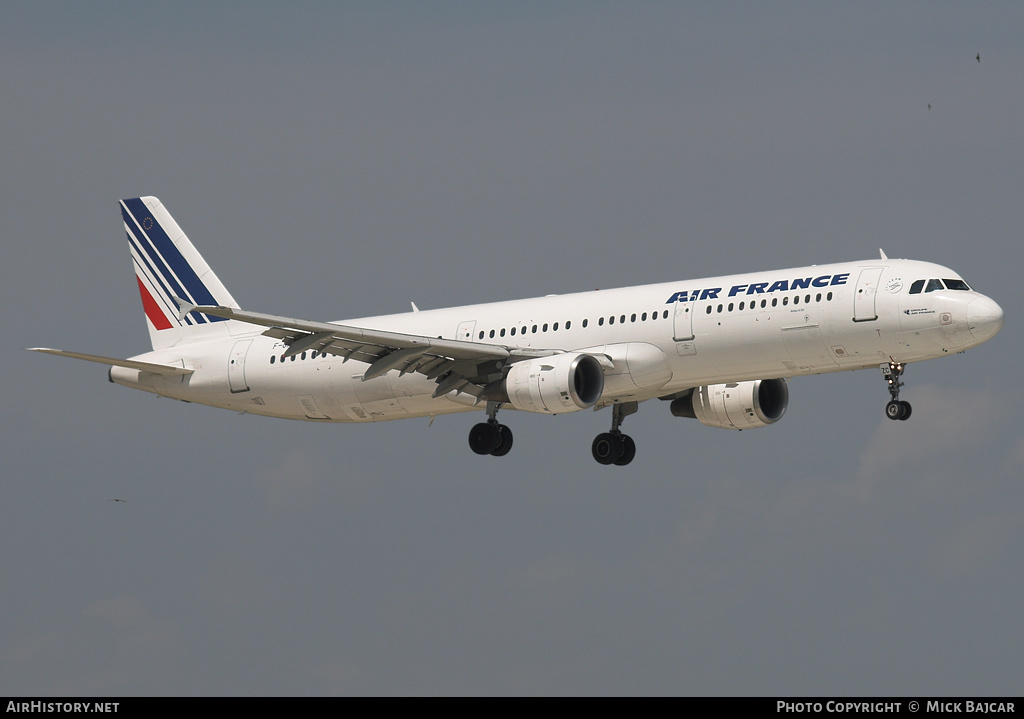 Aircraft Photo of F-GMZC | Airbus A321-111 | Air France | AirHistory.net #3660