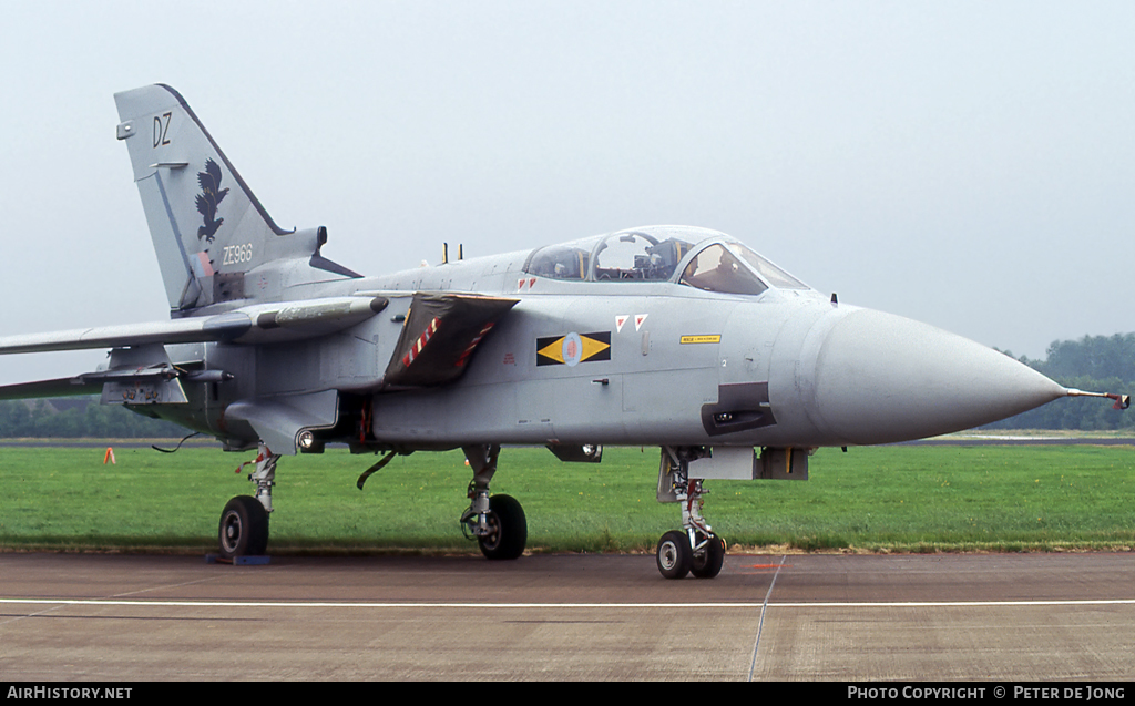Aircraft Photo of ZE966 | Panavia Tornado F3 | UK - Air Force | AirHistory.net #4294