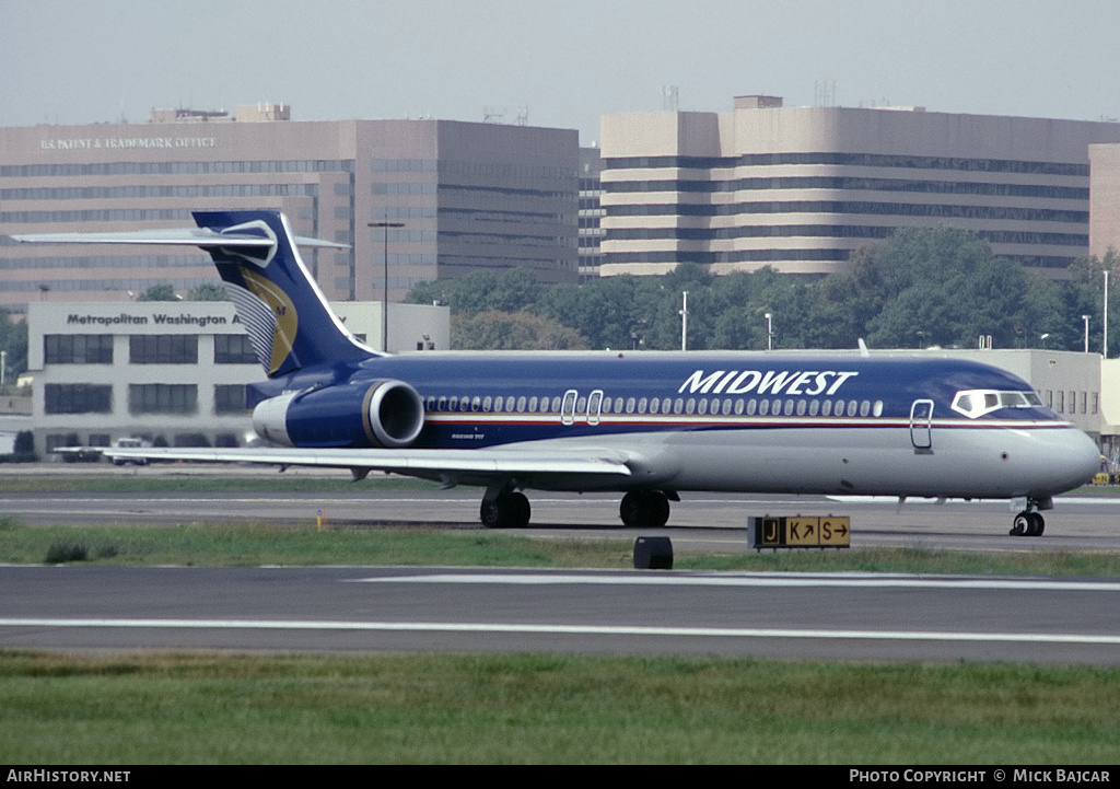 Aircraft Photo of N904ME | Boeing 717-2BL | Midwest Airlines | AirHistory.net #4368