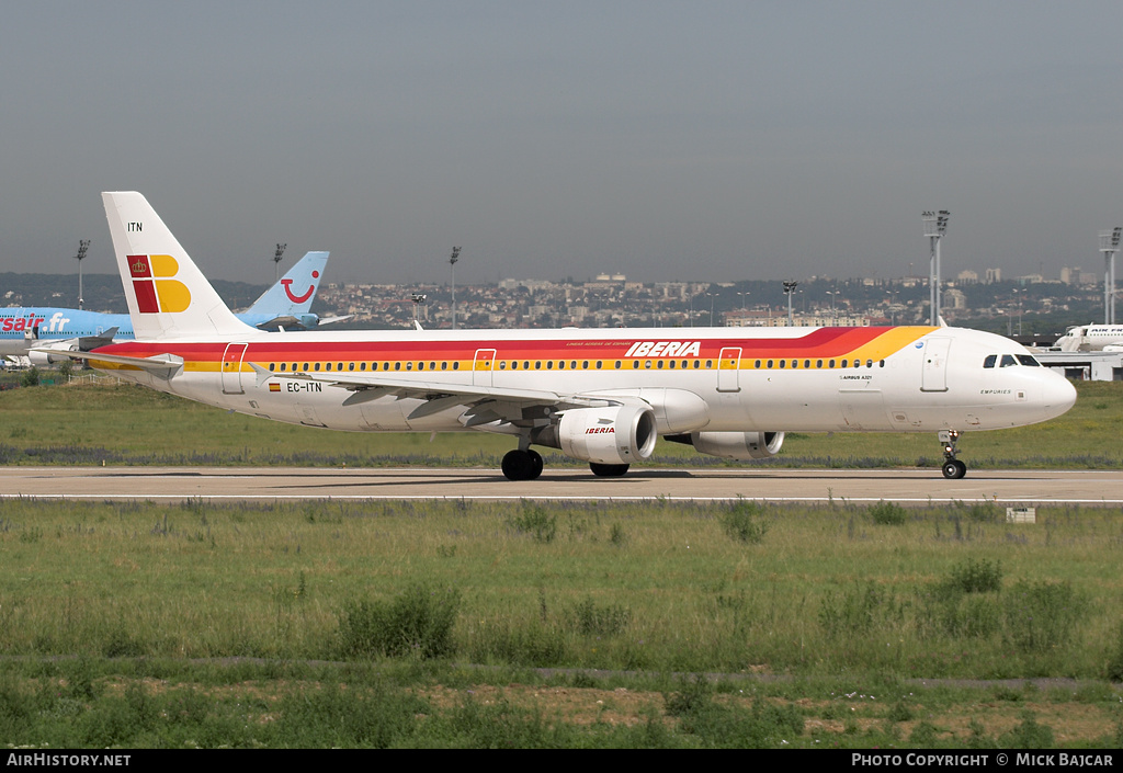 Aircraft Photo of EC-ITN | Airbus A321-211 | Iberia | AirHistory.net