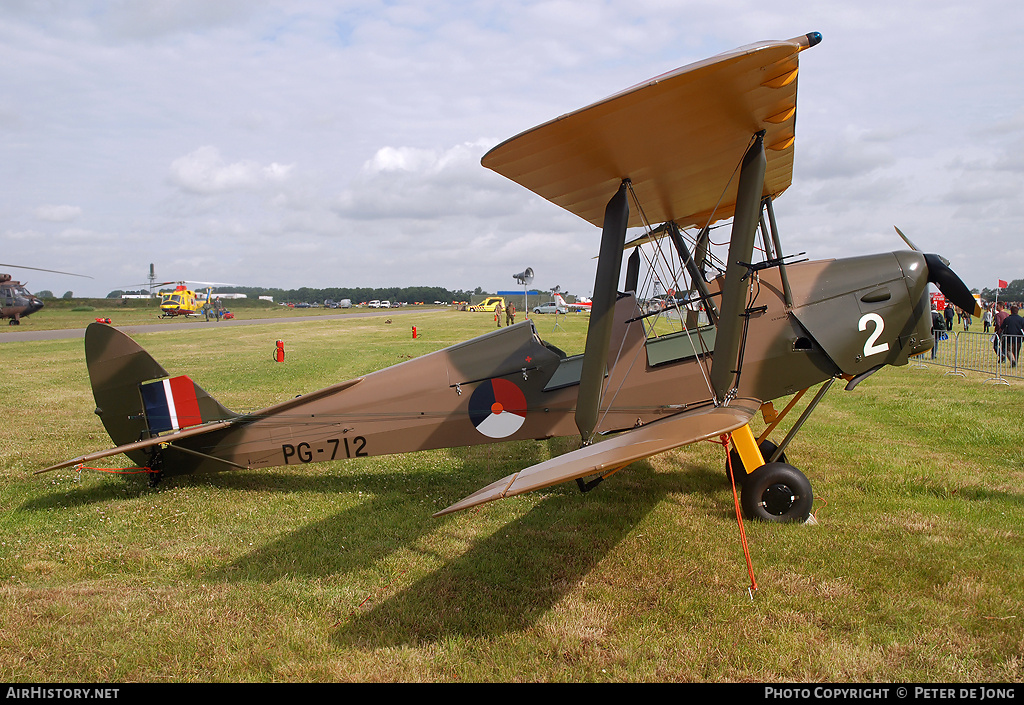 Aircraft Photo of PH-CSL / PG712 | De Havilland D.H. 82A Tiger Moth II | Netherlands - Air Force | AirHistory.net #6141