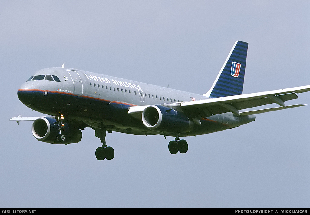 Aircraft Photo of N811UA | Airbus A319-131 | United Airlines | AirHistory.net #6474