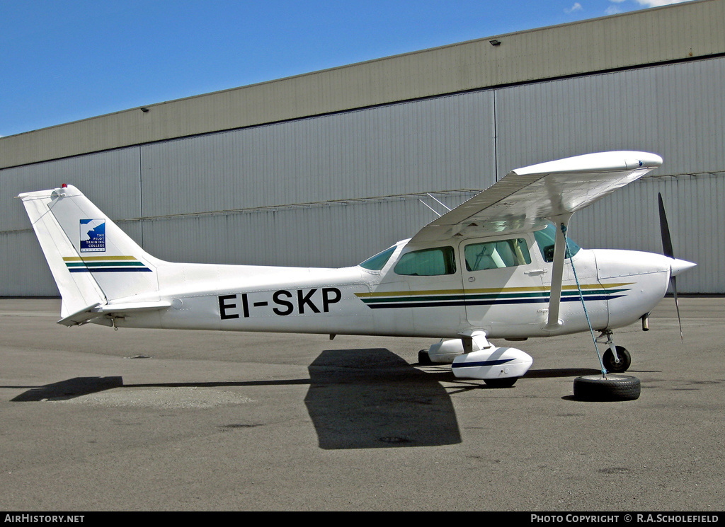 Aircraft Photo of EI-SKP | Reims F172P | Pilot Training College | AirHistory.net #8676