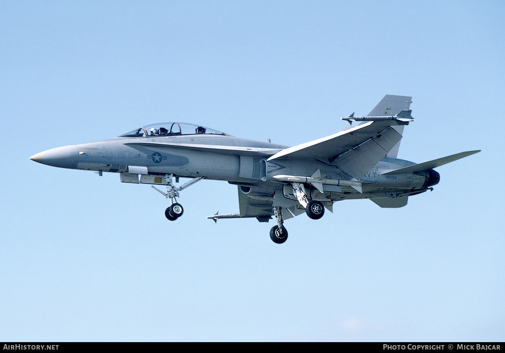 Aircraft Photo of 160784 | McDonnell Douglas F/A-18B Hornet | USA - Navy | AirHistory.net #9180