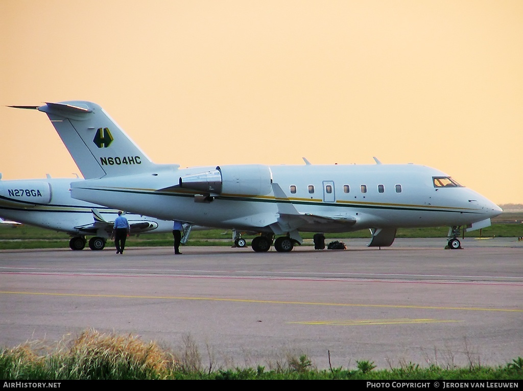 Aircraft Photo of N604HC | Bombardier Challenger 604 (CL-600-2B16) | AirHistory.net #30593