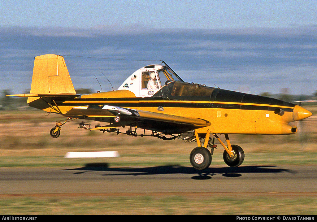 Aircraft Photo of VH-IWI | Ayres S2R-T15 Turbo Thrush | AirHistory.net #30859