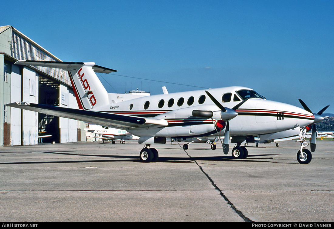 Aircraft Photo of VH-OTH | Beech B200C Super King Air | Lloyd Aviation | AirHistory.net #31109