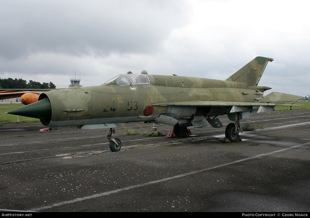 Aircraft Photo of 2453 | Mikoyan-Gurevich MiG-21bis | East Germany - Air Force | AirHistory.net #31717