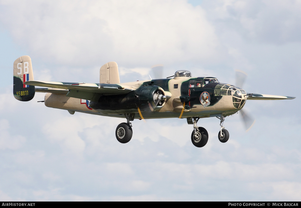 Aircraft Photo of F-AZZU / 458811 | North American B-25J Mitchell | USA - Air Force | AirHistory.net #32491