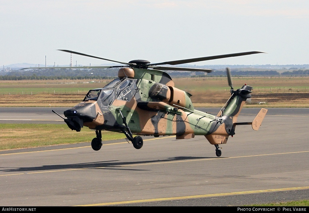 Aircraft Photo of A38-001 | Eurocopter EC-665 Tiger ARH | Australia - Army | AirHistory.net #35627