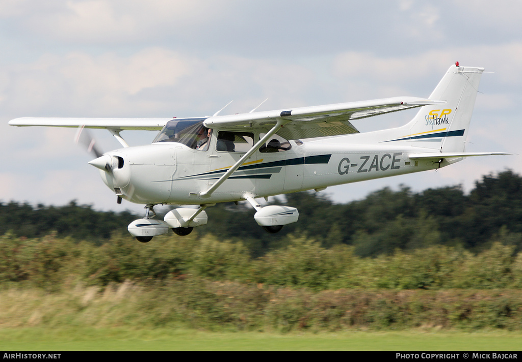 Aircraft Photo of G-ZACE | Cessna 172S Skyhawk SP | AirHistory.net #35784