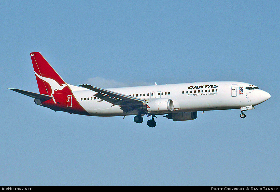 Aircraft Photo of VH-TJP | Boeing 737-476 | Qantas | AirHistory.net