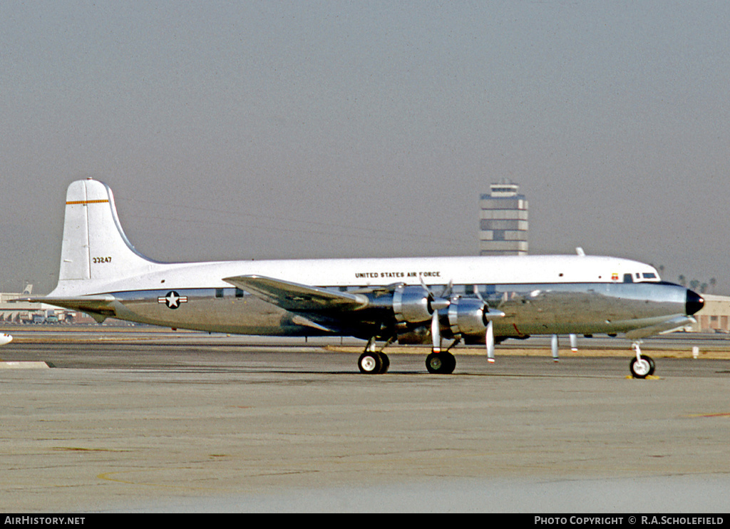 Aircraft Photo of 53-3247 / 33247 | Douglas VC-118A Liftmaster (DC-6A) | USA - Air Force | AirHistory.net