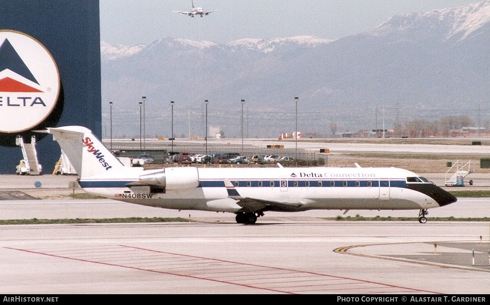Aircraft Photo of N408SW | Canadair CRJ-200ER (CL-600-2B19) | Delta Connection | AirHistory.net