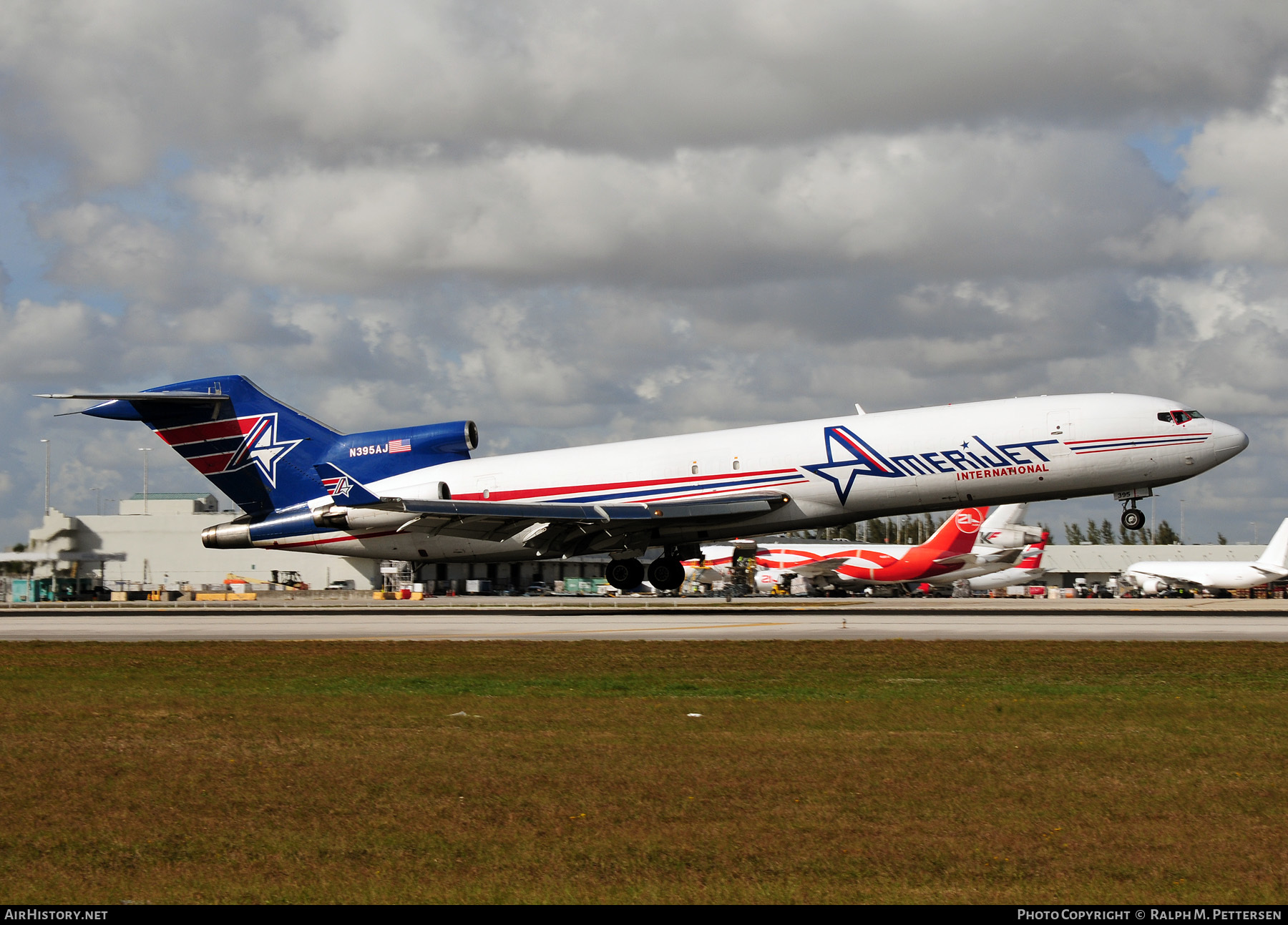Aircraft Photo of N395AJ | Boeing 727-233/Adv(F) | Amerijet