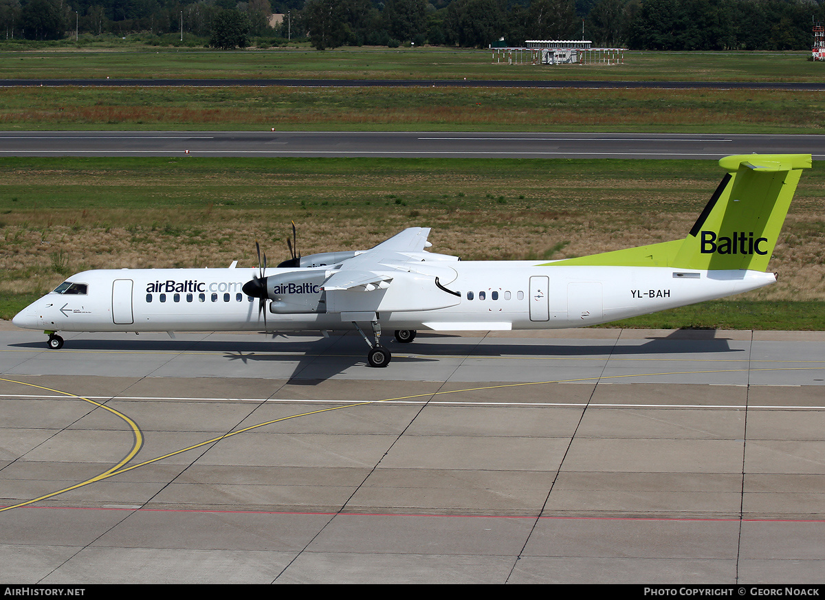 Aircraft Photo of YL-BAH | Bombardier DHC-8-402 Q400 | AirBaltic | AirHistory.net
