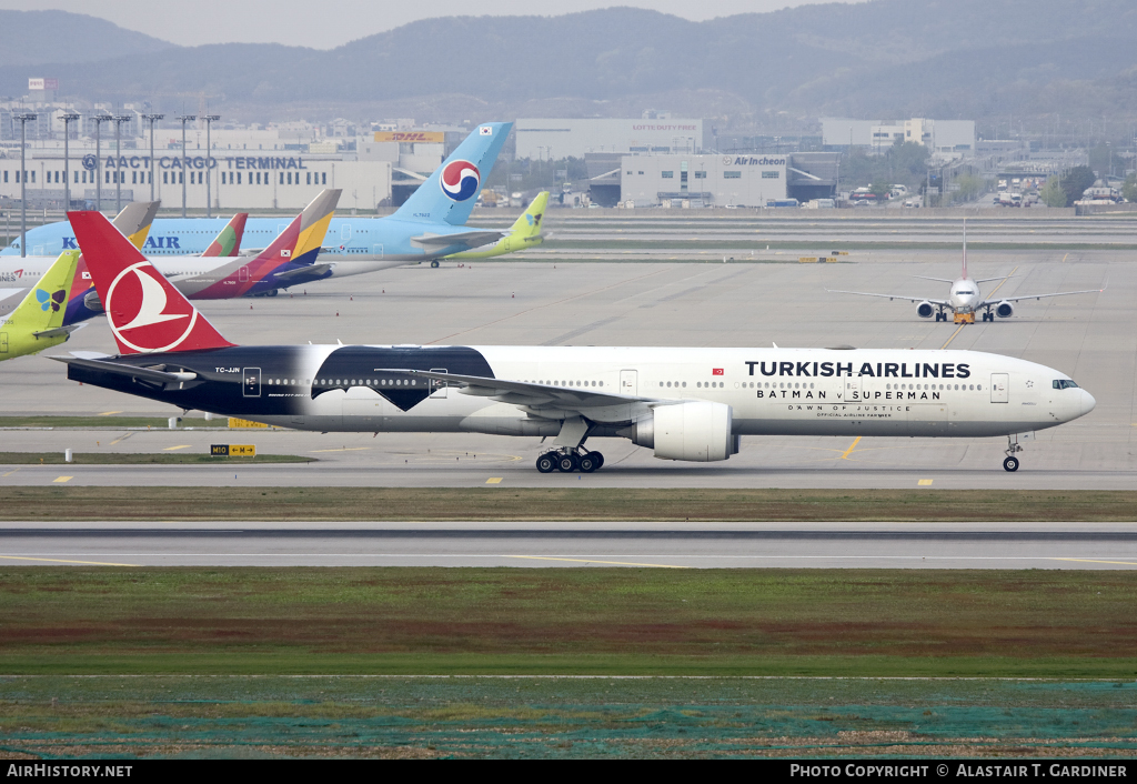 Aircraft Photo of TC-JJN | Boeing 777-3F2/ER | Turkish Airlines | AirHistory.net #43207