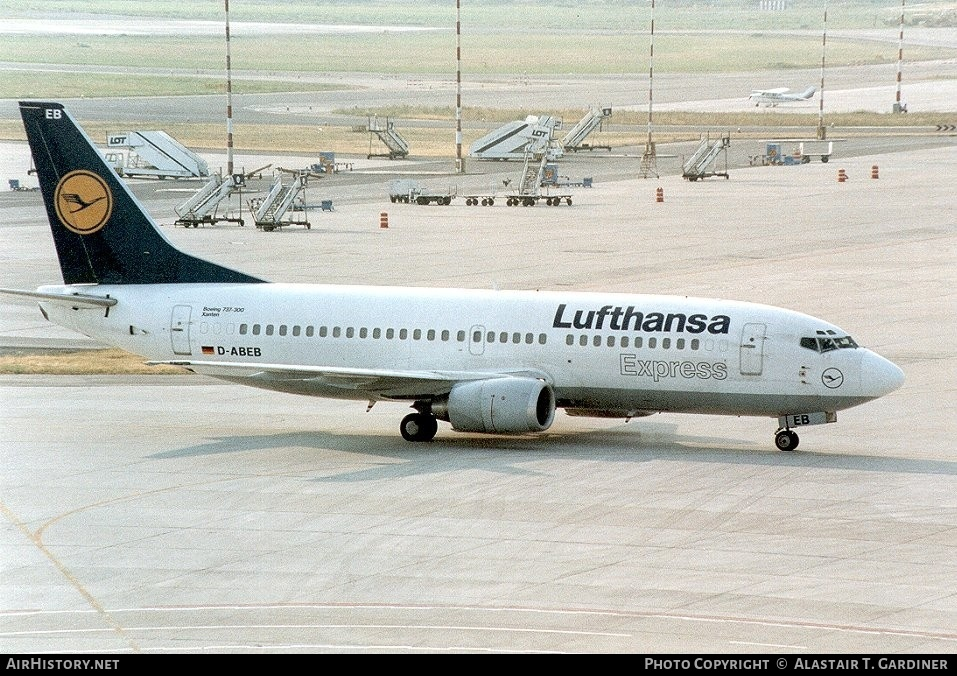 Aircraft Photo of D-ABEB | Boeing 737-330 | Lufthansa Express | AirHistory.net #45750