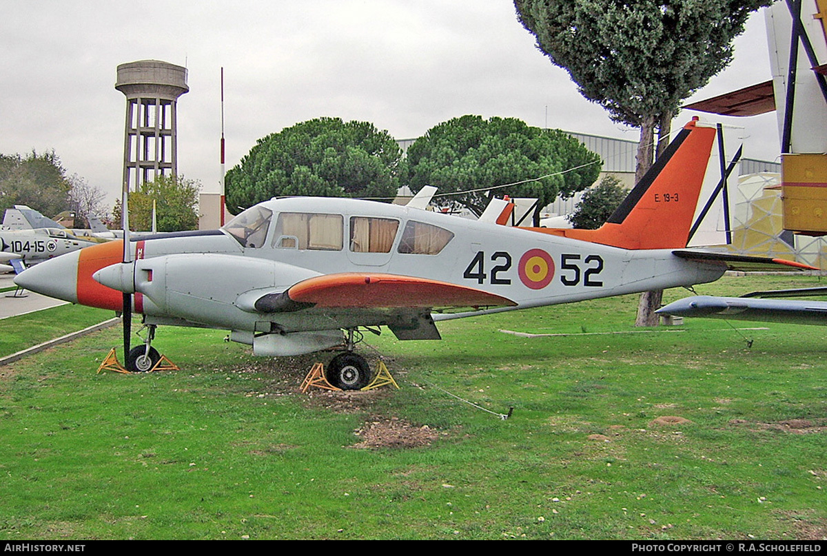 Aircraft Photo of E.19-3 | Piper PA-23-250 Aztec E | Spain - Air Force | AirHistory.net #46340