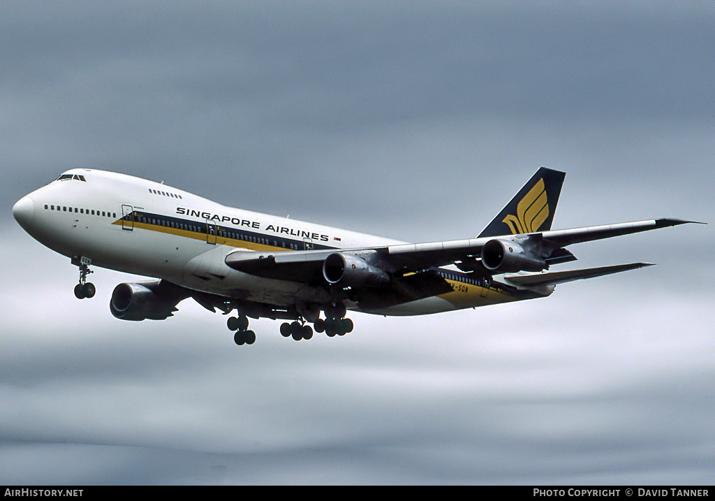 Aircraft Photo of 9V-SQN | Boeing 747-212B | Singapore Airlines | AirHistory.net #47680