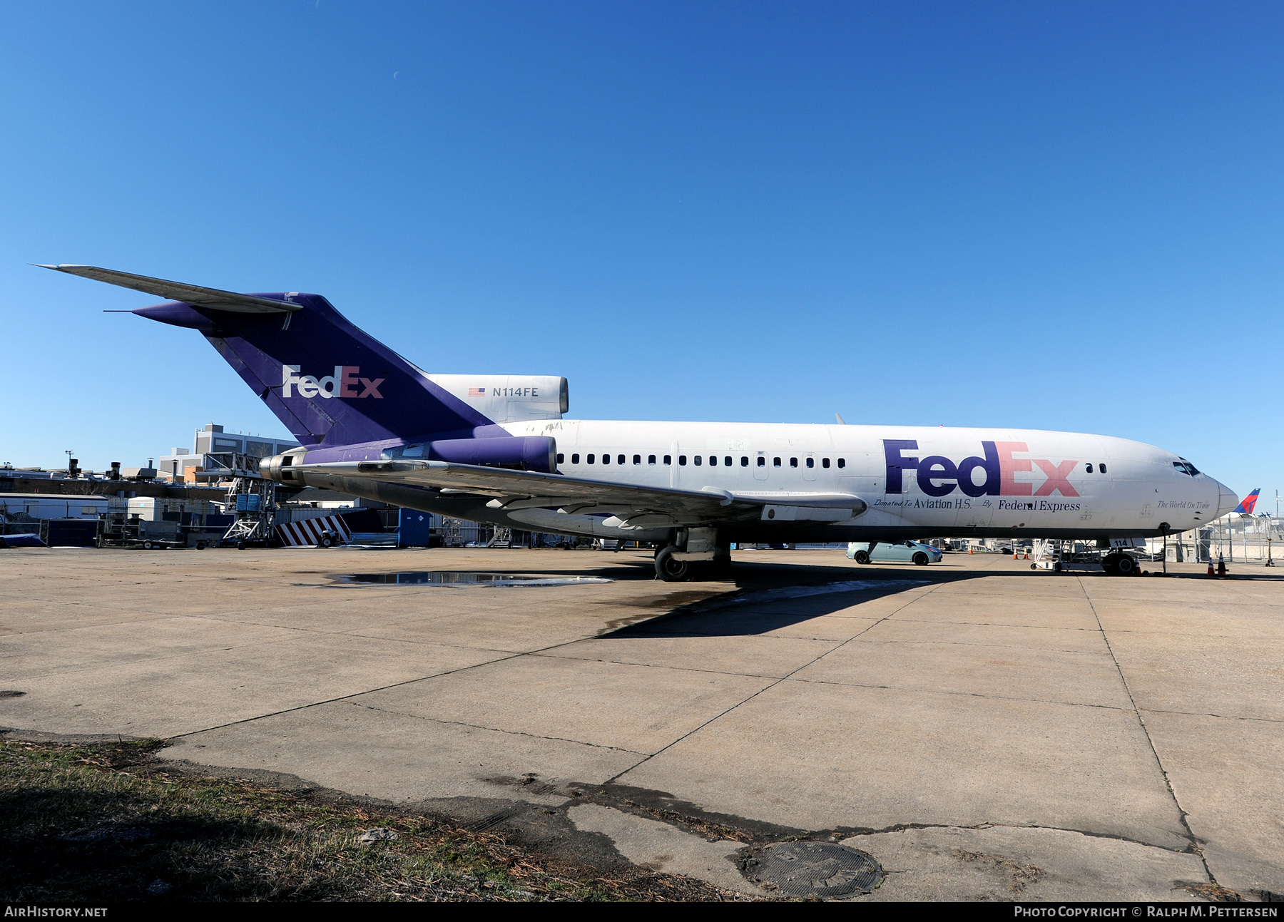 Aircraft Photo of N114FE | Boeing 727-24C | Fedex - Federal Express | AirHistory.net #49233