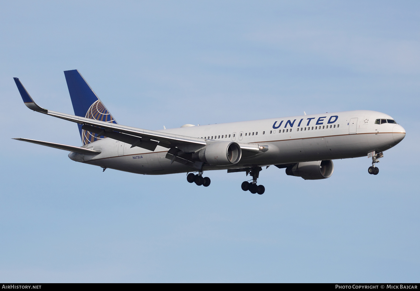 Aircraft Photo of N673UA | Boeing 767-322/ER | United Airlines | AirHistory.net #50426