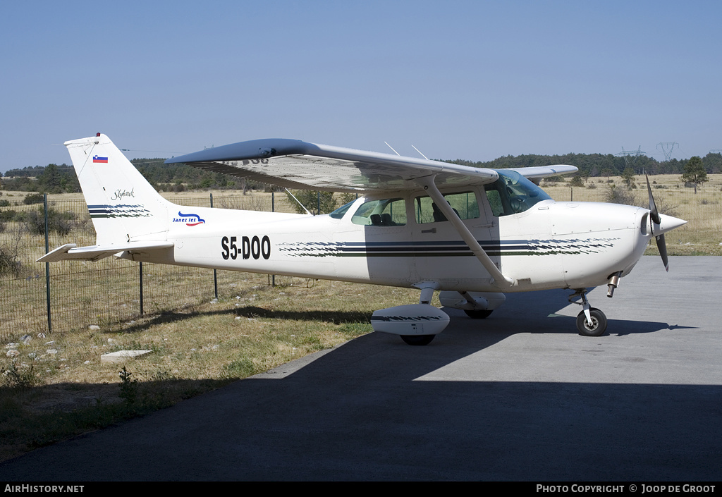 Aircraft Photo of S5-DOO | Cessna 172P Skyhawk | Janez let | AirHistory.net #53327