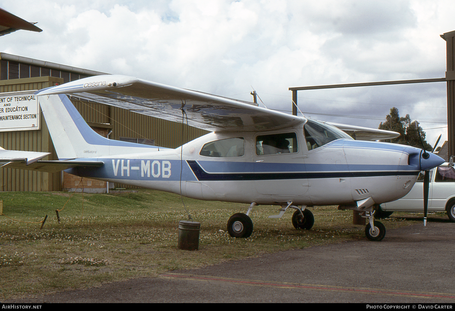 Aircraft Photo of VH-MOB | Cessna 210M Centurion II | AirHistory.net #54098
