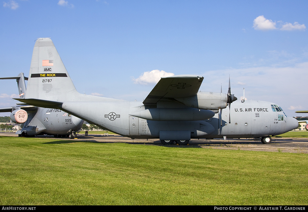 Aircraft Photo of 62-1787 / 21787 | Lockheed C-130E Hercules (L-382) | USA - Air Force | AirHistory.net