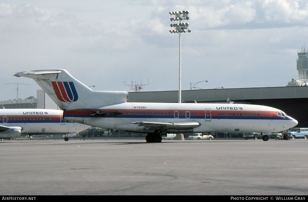 Aircraft Photo of N7408U | Boeing 727-22C | United Airlines | AirHistory.net #54588
