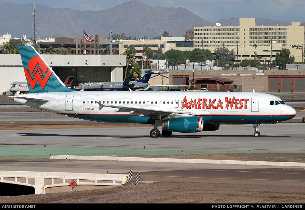 Aircraft Photo of N660AW | Airbus A320-232 | America West Airlines | AirHistory.net #56112