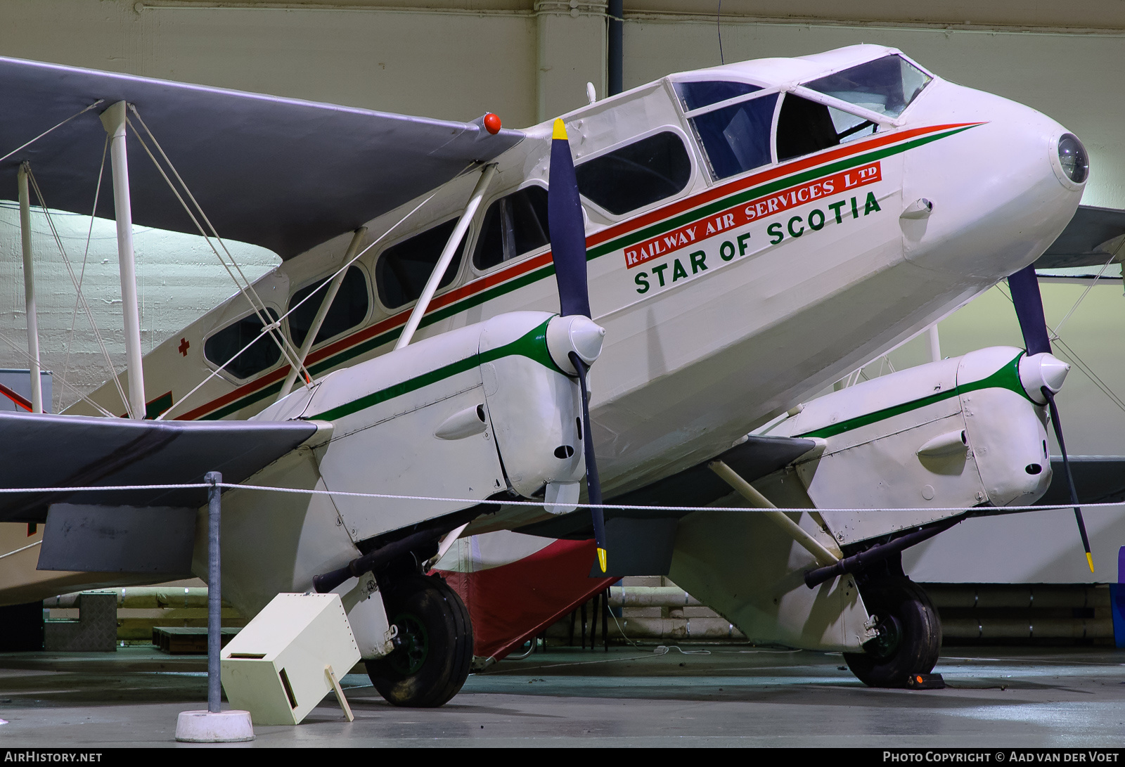 Aircraft Photo of G-ALXT | De Havilland D.H. 89A Dragon Rapide | Railway Air Services | AirHistory.net #56735