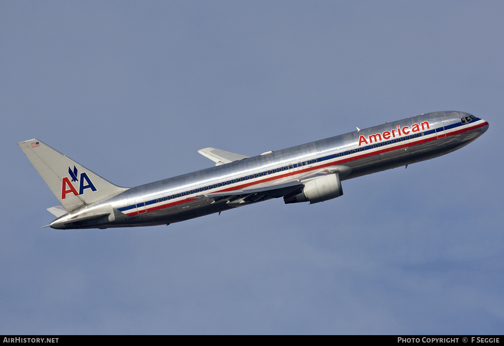 Aircraft Photo of N352AA | Boeing 767-323/ER | American Airlines | AirHistory.net #57993