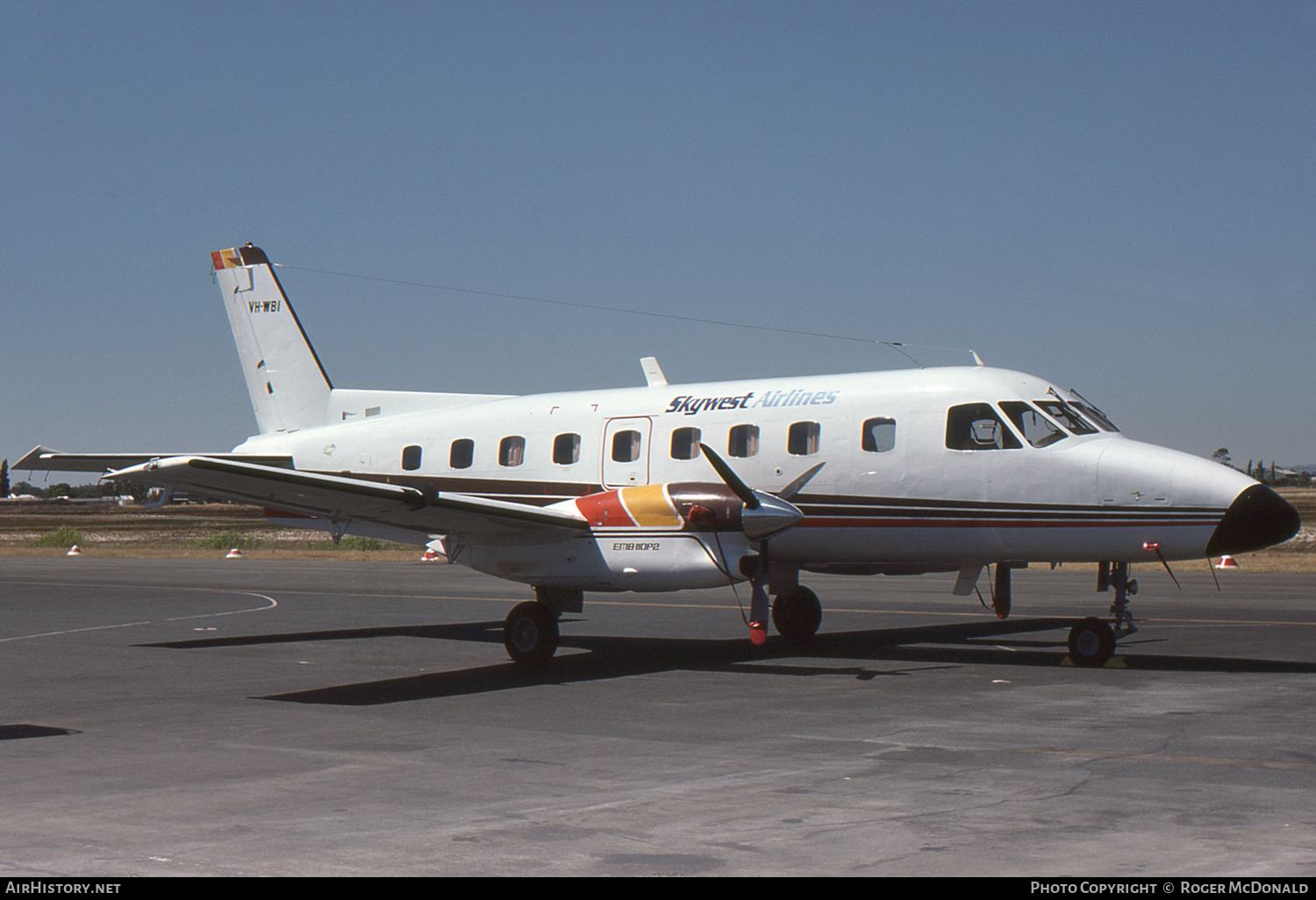 Aircraft Photo of VH-WBI | Embraer EMB-110P2 Bandeirante | Skywest Airlines | AirHistory.net #58009