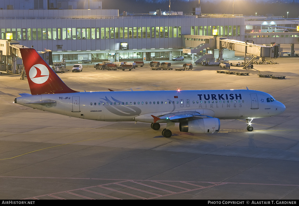 Aircraft Photo of TC-JPJ | Airbus A320-232 | Turkish Airlines | AirHistory.net #59391