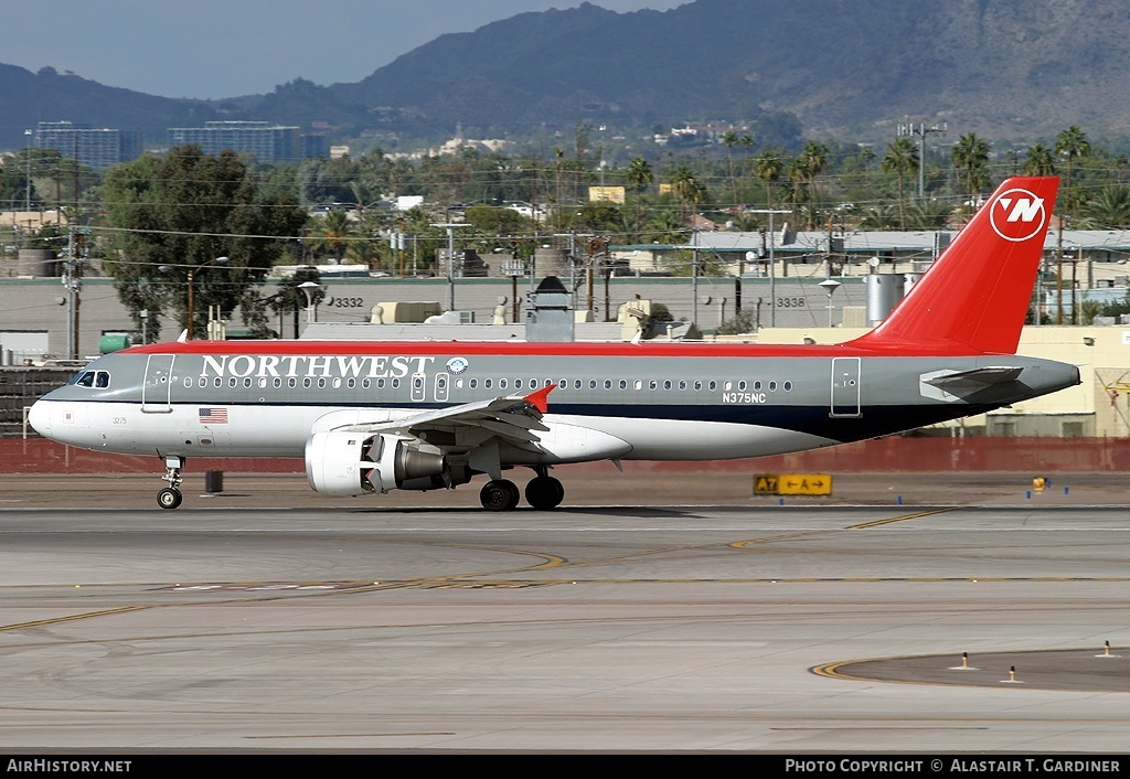 Aircraft Photo of N375NC | Airbus A320-212 | Northwest Airlines | AirHistory.net #60233