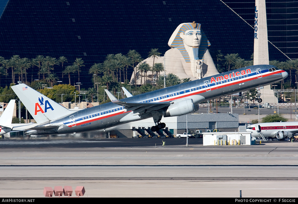 Aircraft Photo of N663AM | Boeing 757-223 | American Airlines | AirHistory.net #75806