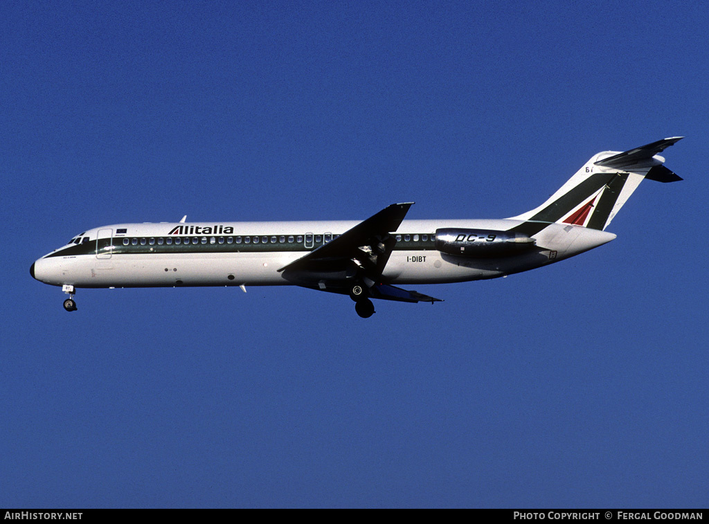 Aircraft Photo of I-DIBT | McDonnell Douglas DC-9-32 | Alitalia | AirHistory.net #76637