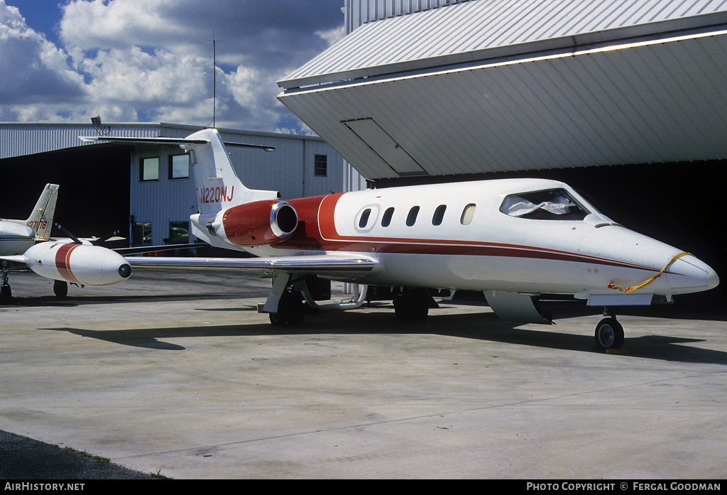 Aircraft Photo of N220NJ | Gates Learjet 25D/XR | AirHistory.net #77522