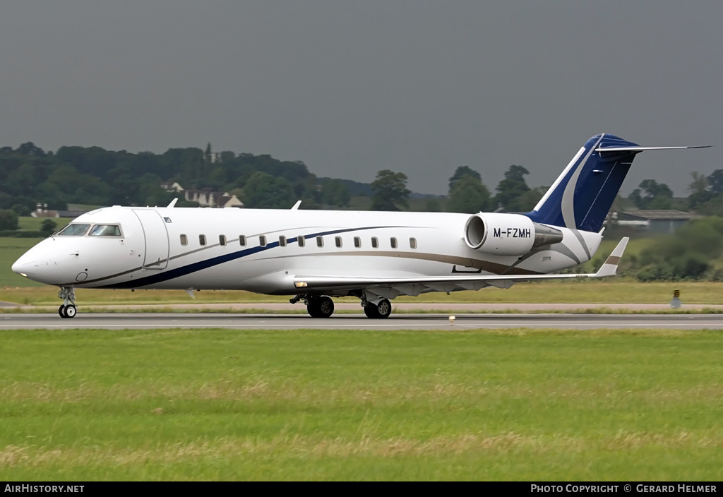 Aircraft Photo of M-FZMH | Bombardier Challenger 850 (CRJ-200SE/CL-600-2B19) | AirHistory.net #79054