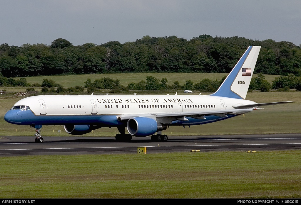 Aircraft Photo of 99-0004 / 90004 | Boeing C-32A (757-200) | USA - Air Force | AirHistory.net #79468