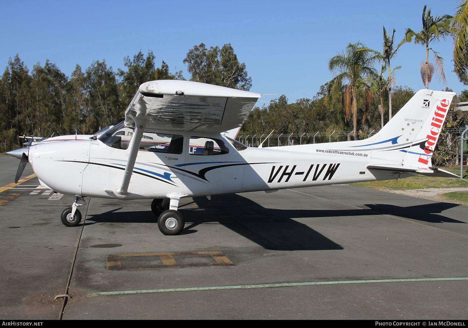Aircraft Photo of VH-IVW | Cessna 172S Skyhawk SP | Redcliffe Aero Club | AirHistory.net