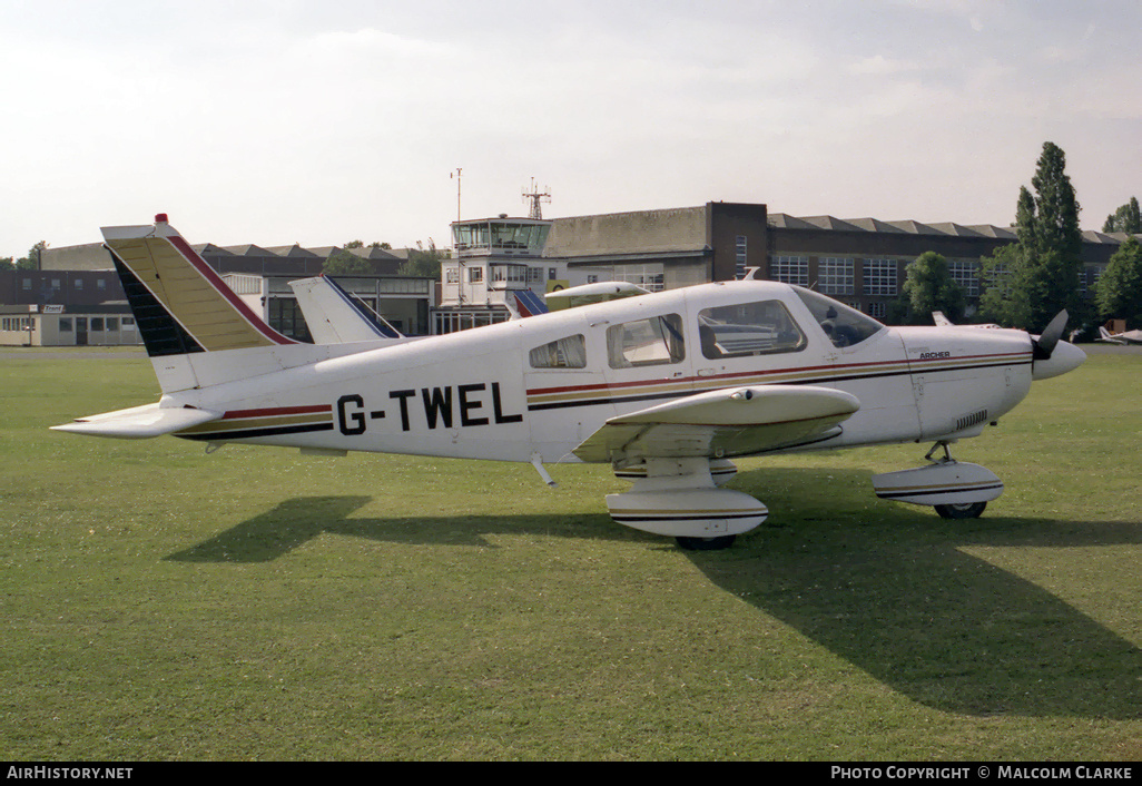 Aircraft Photo of G-TWEL | Piper PA-28-181 Archer II | AirHistory.net #86188