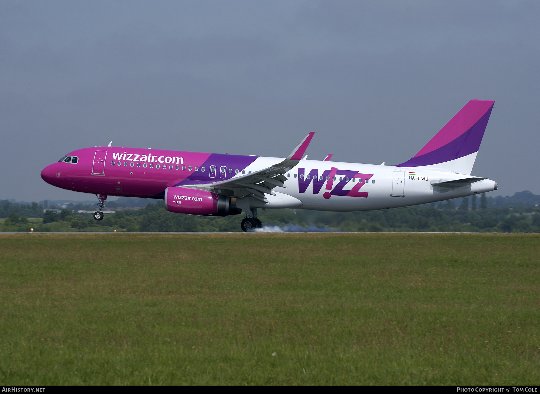 Aircraft Photo of HA-LWU | Airbus A320-232 | Wizz Air | AirHistory.net #86999
