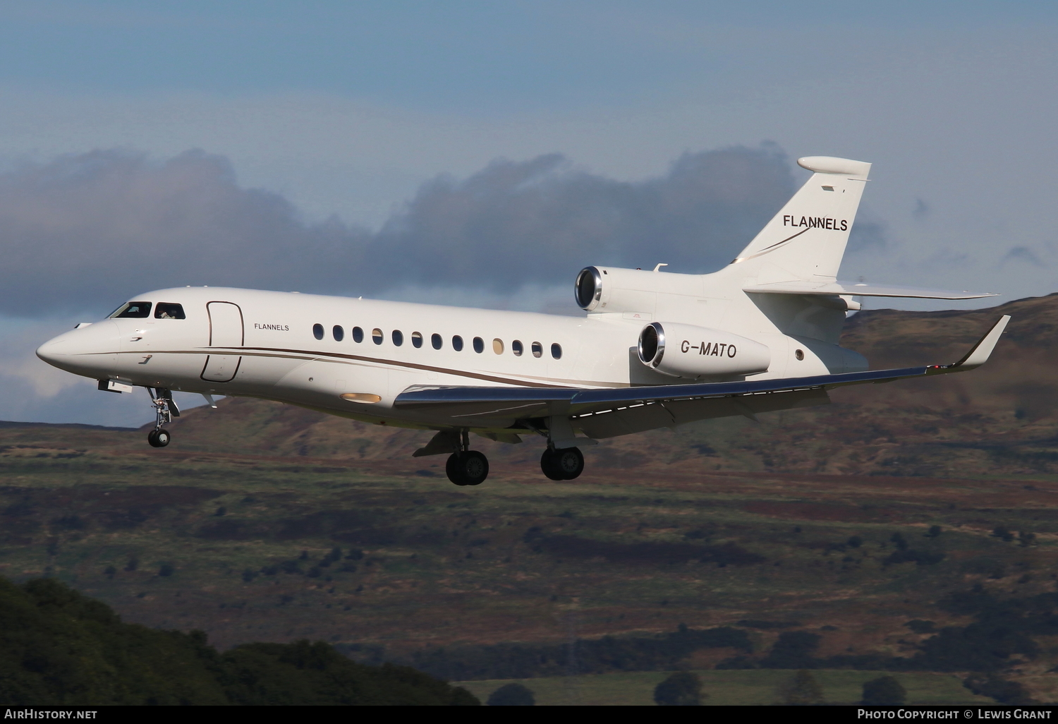 Aircraft Photo of G-MATO | Dassault Falcon 7X | AirHistory.net #103975