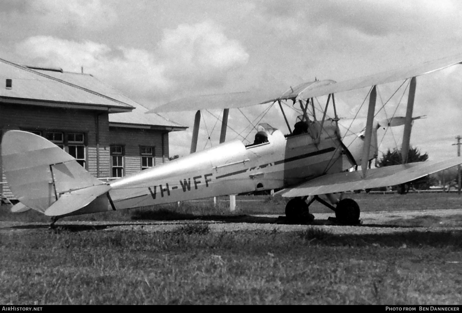 Aircraft Photo of VH-WFF | De Havilland DH.82A Tiger Moth | AirHistory.net